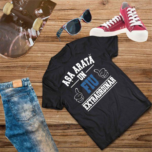 B005 Asa arata un Fiu Negru 600x600 Tricou Așa arată un Fiu Extraordinar tricouri-personalizate, tricouri-barbati
