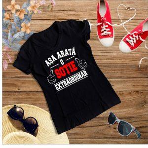 D005 Asa arata o Sotie Negru 300x300 Tricou Asa arata o Sotie Extraordinara tricouri-personalizate, tricouri-dama