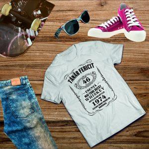 B008 Tanar Fericit Jack Daniels alb 300x300 Tricou Tânar Fericit - Jack Daniels tricouri-personalizate, tricouri-barbati
